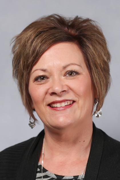 Lynn DeVries