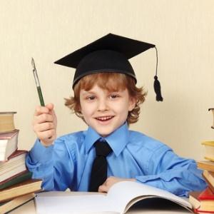 young student in grad cap