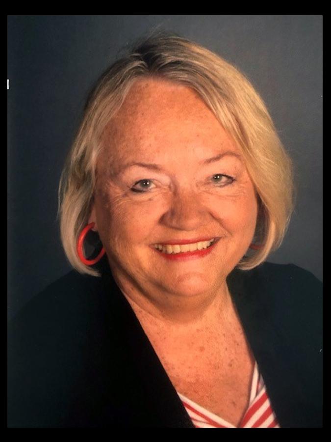Lisa King Headshot Image