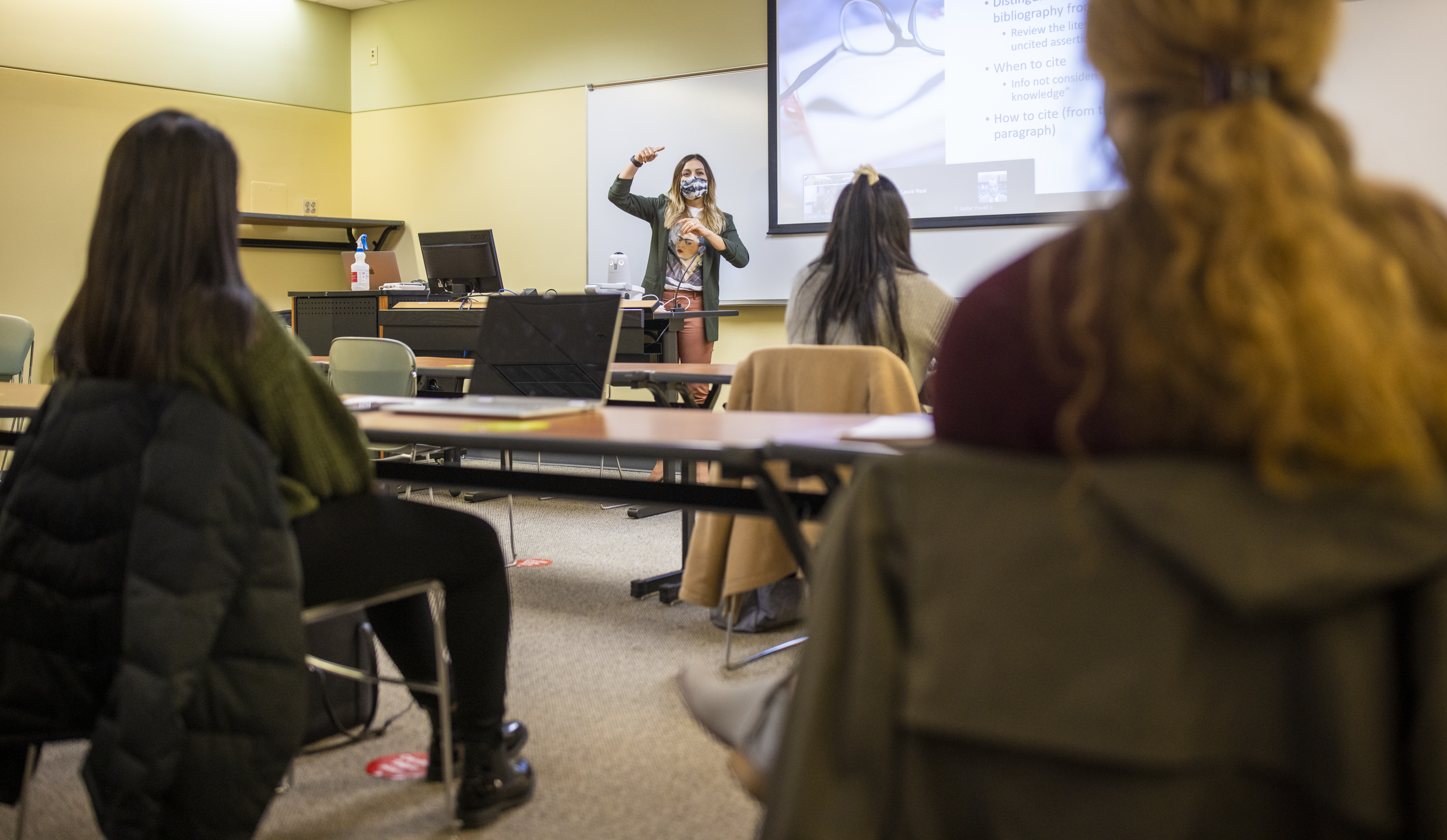 Dr. Crystal Garcia teaching College Students in America course - spring 21