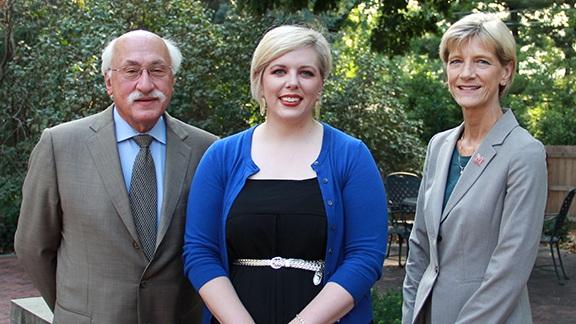 Amanda Moen earns Buffett Institute graduate fellowship.