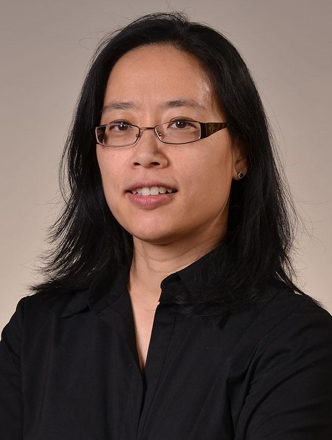 Elaine  Chan portrait picture