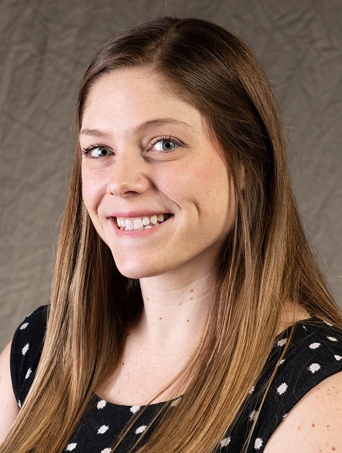 Adrienne Pitt
